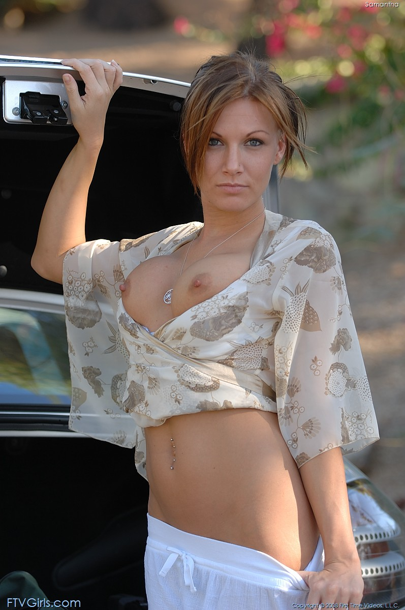 samantha-mercedes-slr-ftvgirls-09