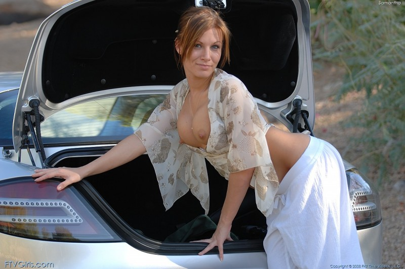 samantha-mercedes-slr-ftvgirls-12