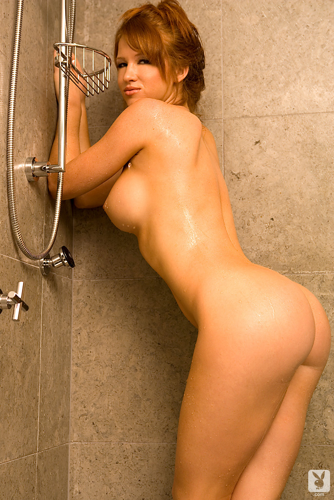 samantha-harris-shower-playboy-11