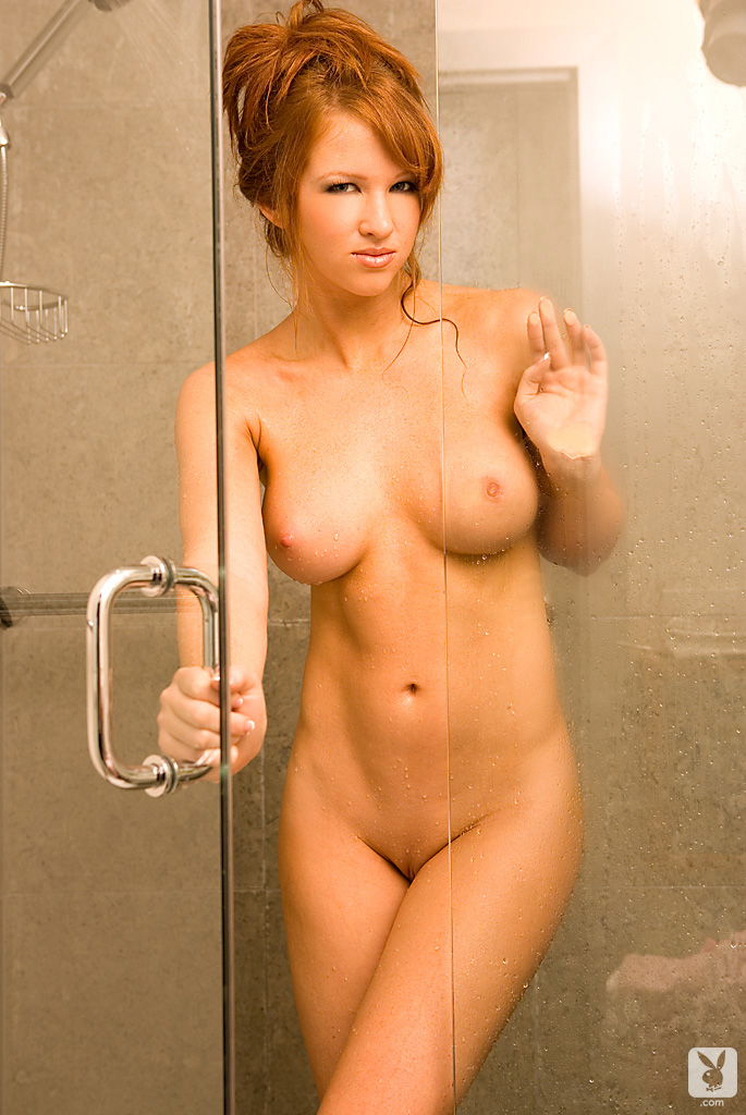 samantha-harris-shower-playboy-12