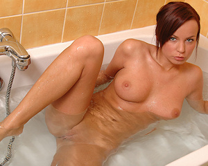 nina-a-bath-naked-metart