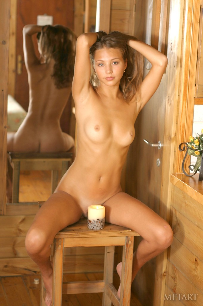 sandra-b-wooden-cottage-metart-09