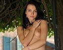 sapphira-nude-public-metart