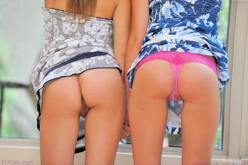 rilee-&sara-dildos-ftvgirls-14