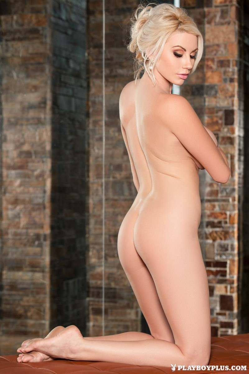 sarah-summers-cybergirl-june-2014-boobs-playboy-17
