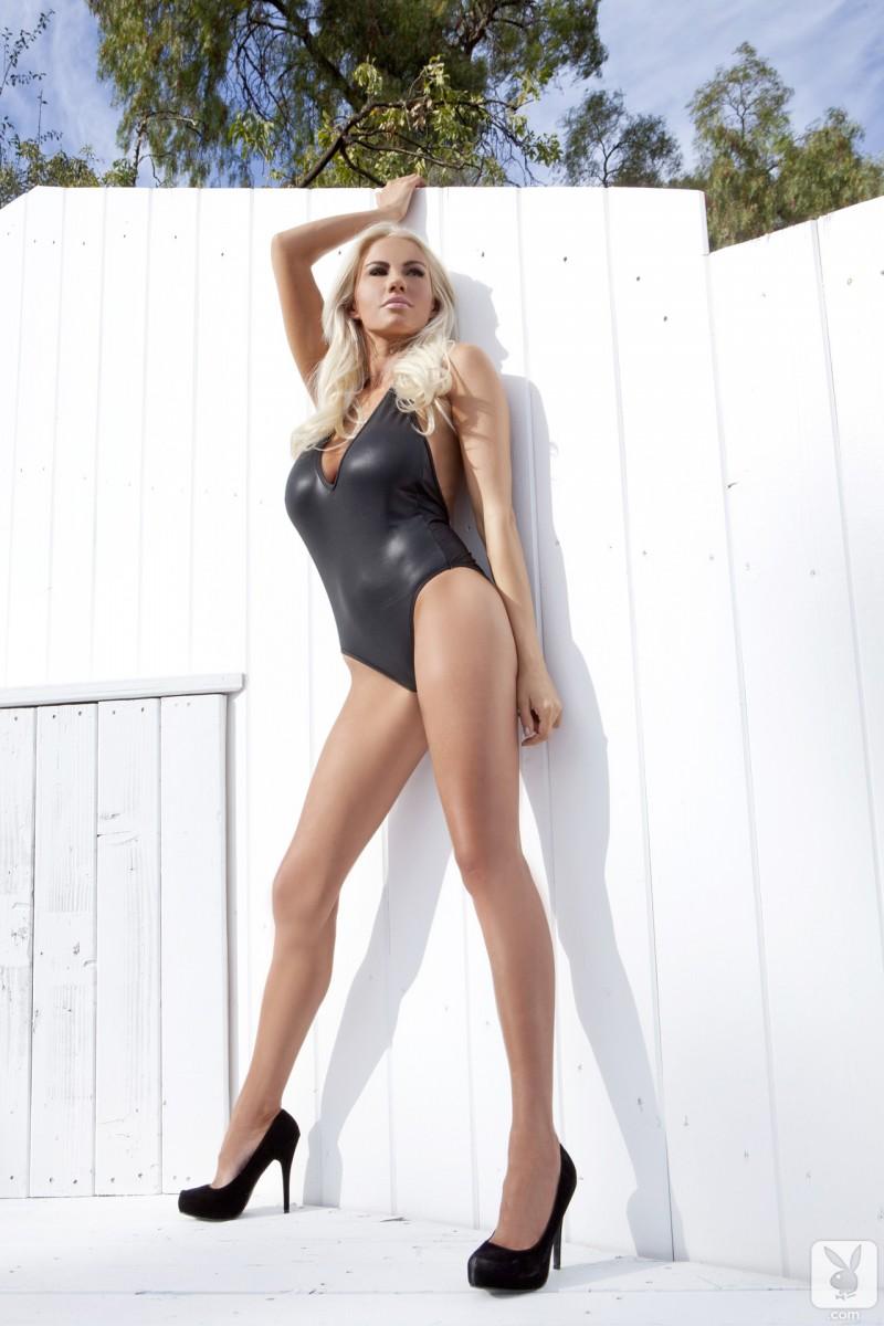 sarah-summers-one-piece-bikini-playboy-02