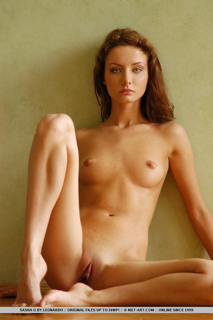 sasha-g-armchair-naked-metart-15
