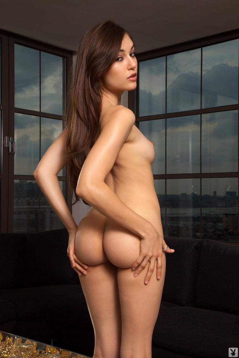 Riya sen in nude