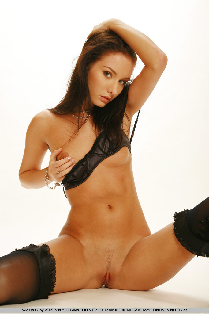 sasha-g-black-stockings-met-art-10