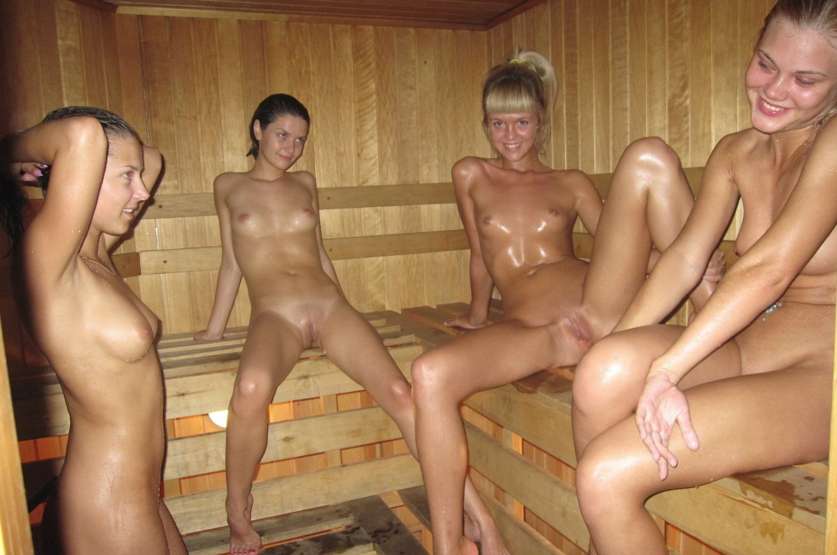 Men in saunas nude