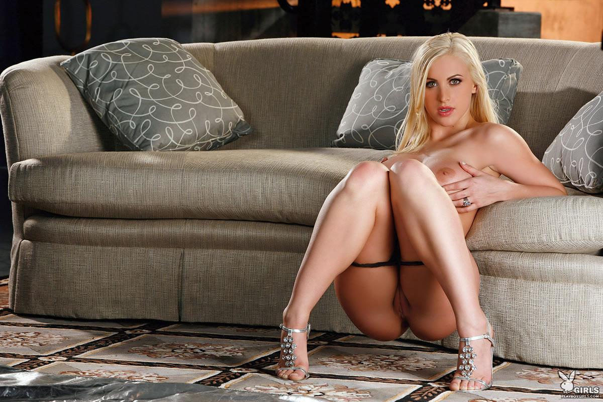 naked Scarlett eastland