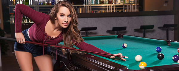 Scarlett Rose – Game of billiards