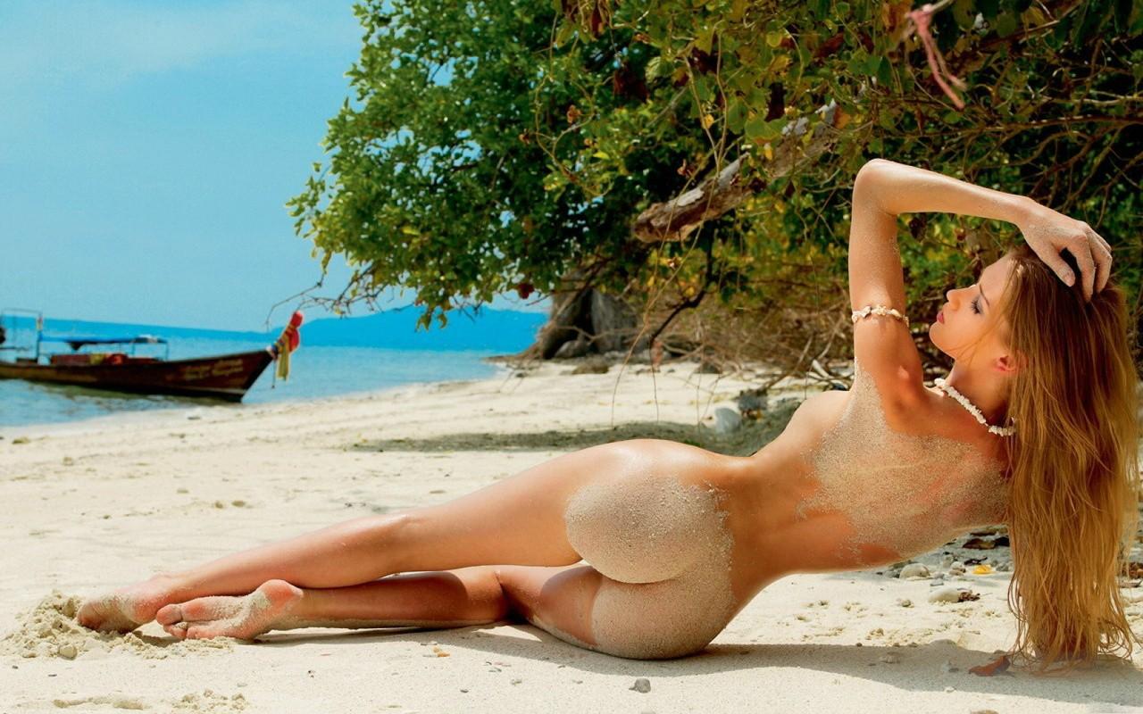 Фото красивих и голих парней 1 фотография