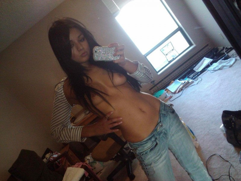 self-shot-nude-girls-vol3-92