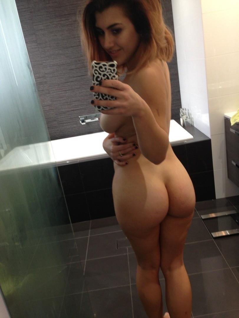 selfie-naked-girls-selfshot-amateur-mix-vol5-21