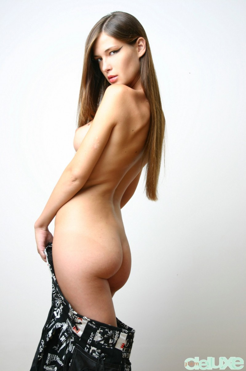 jessica-black-straps-glamdelux-11