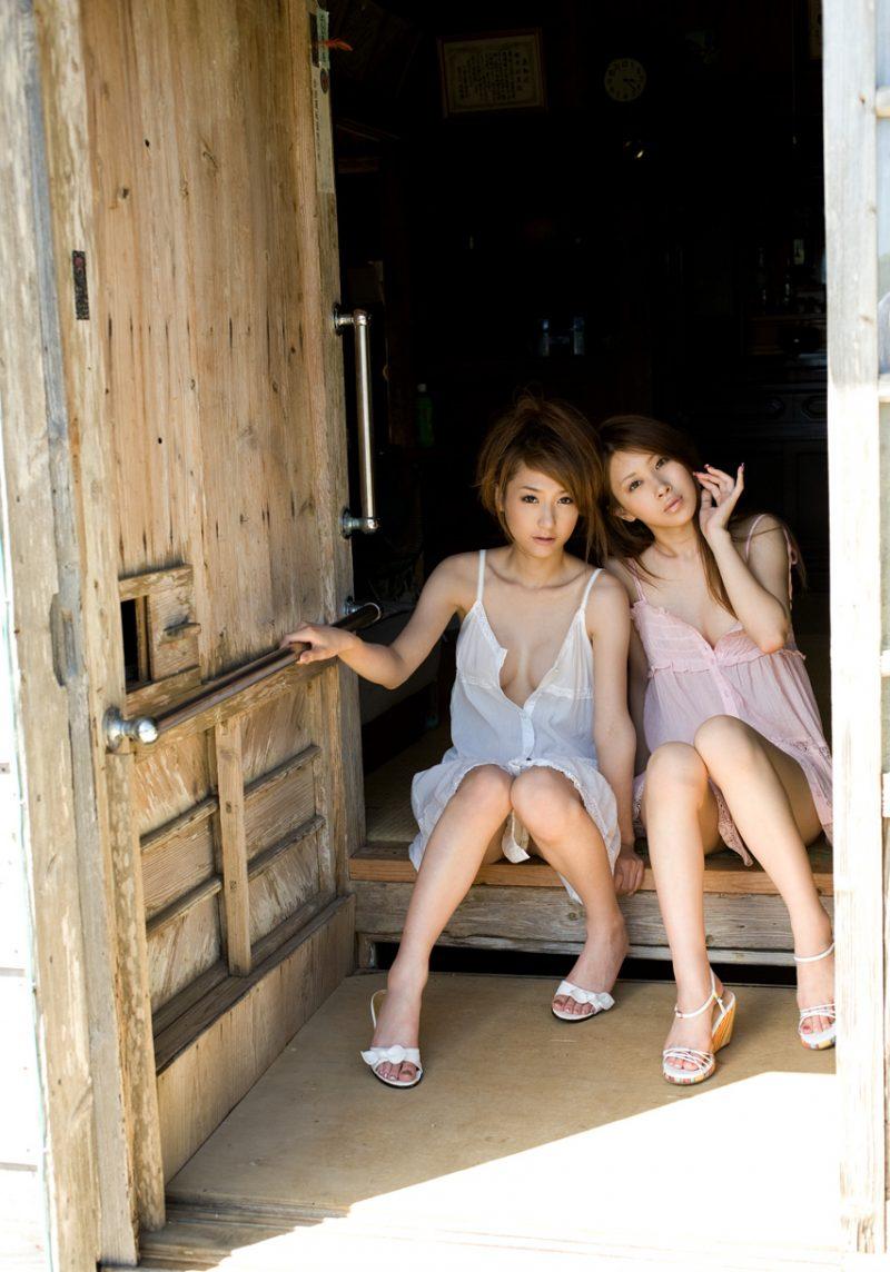 sena-ayanami-&-yuria-sendoh-two-lesbians-asians-16
