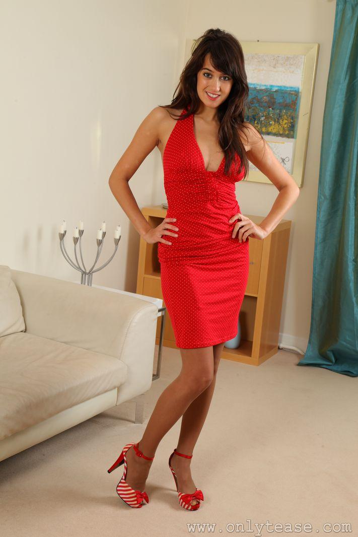 seren-gibson-red-dress-01