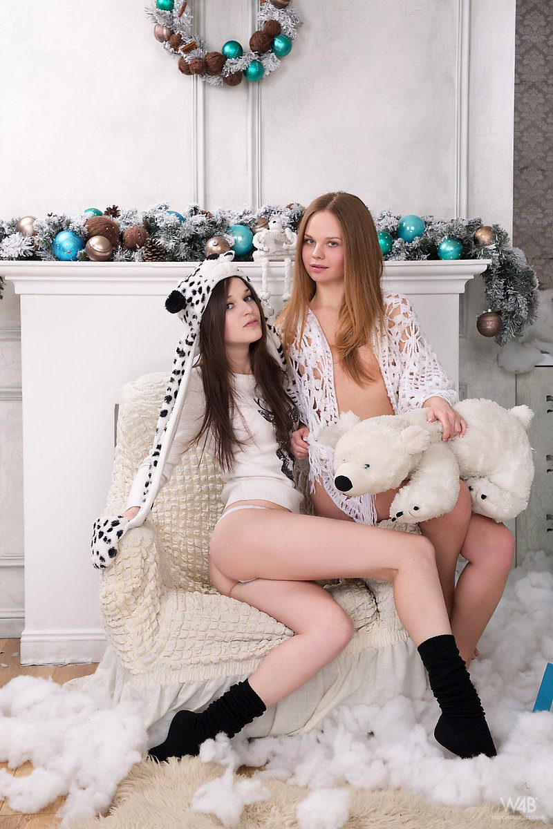 serena-mia-t-merry-xmas-nude-watch4beauty-01
