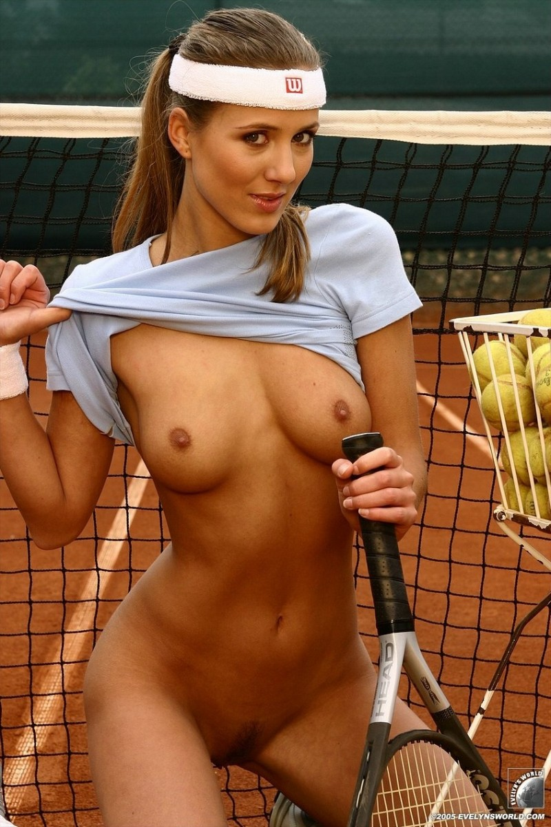 woman playing tennis naked