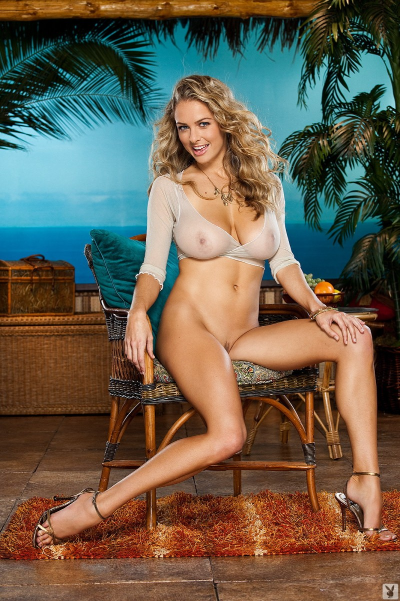 shanna-mclaughlin-boobs-playboy-12