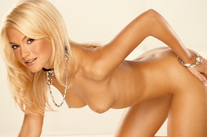 shannon-james-playboy-07