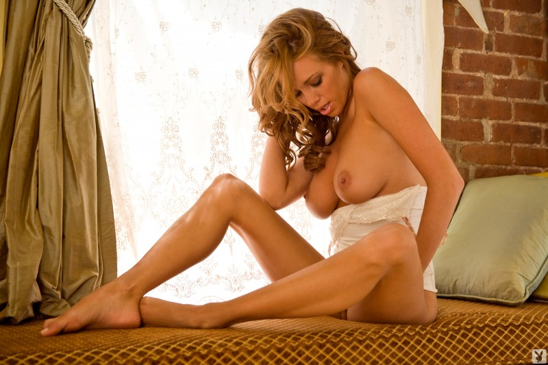 sharae-spears-playboy-cybergirl-2009-07