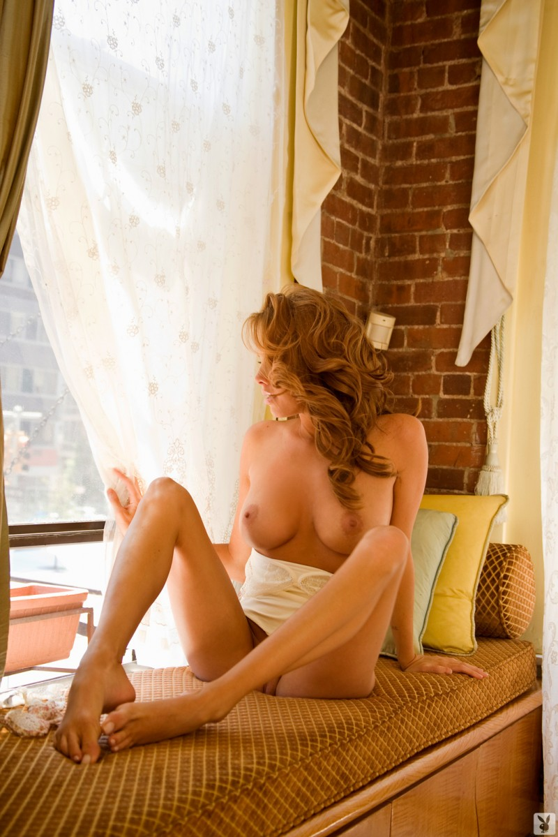 sharae-spears-playboy-cybergirl-2009-15