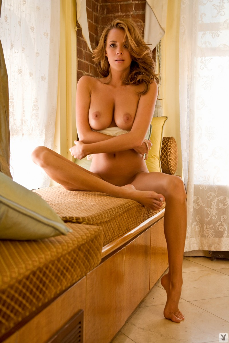 sharae-spears-playboy-cybergirl-2009-19