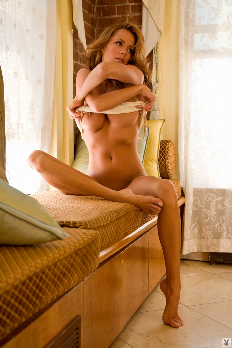 sharae-spears-playboy-cybergirl-2009-20