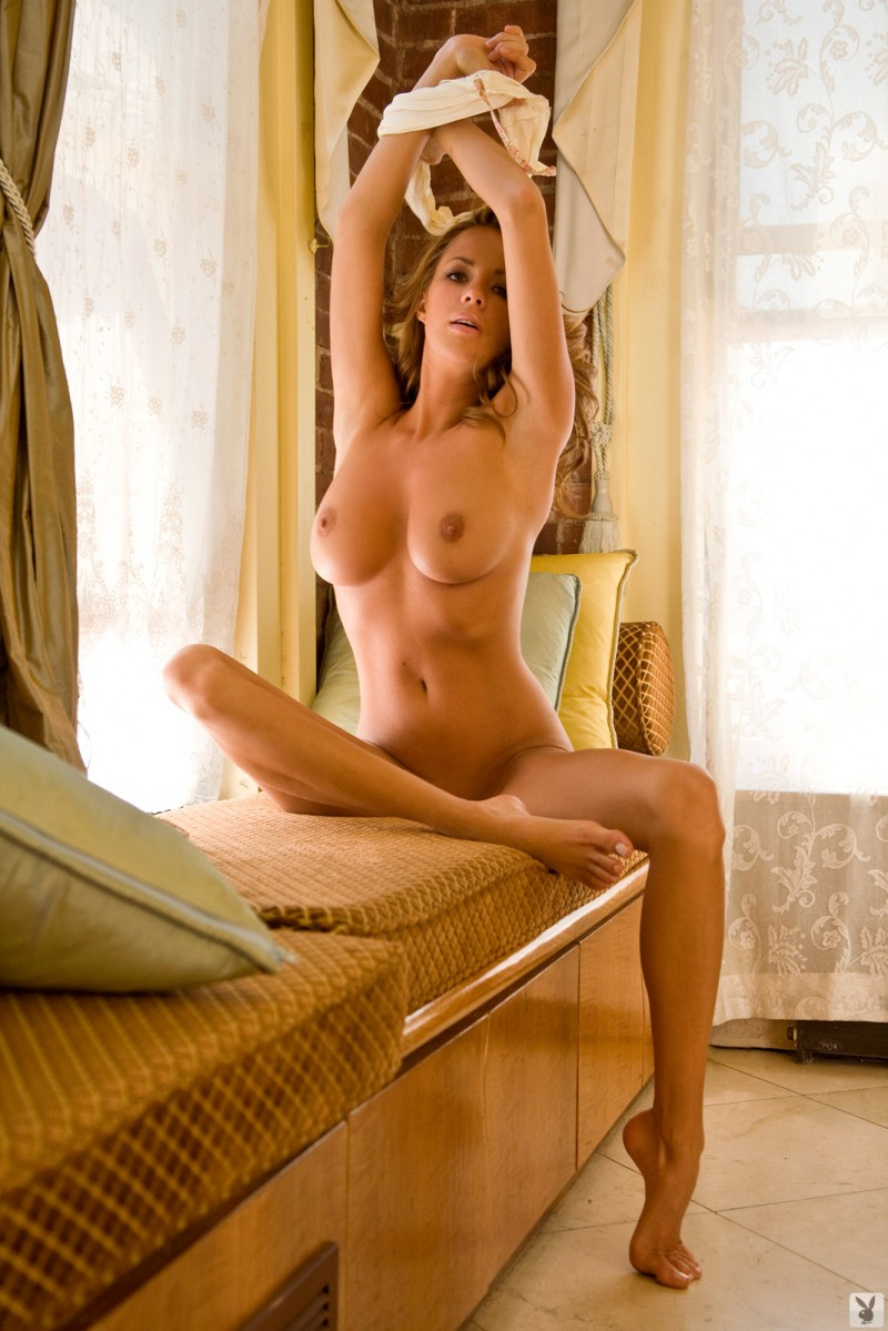 sharae-spears-playboy-cybergirl-2009-21