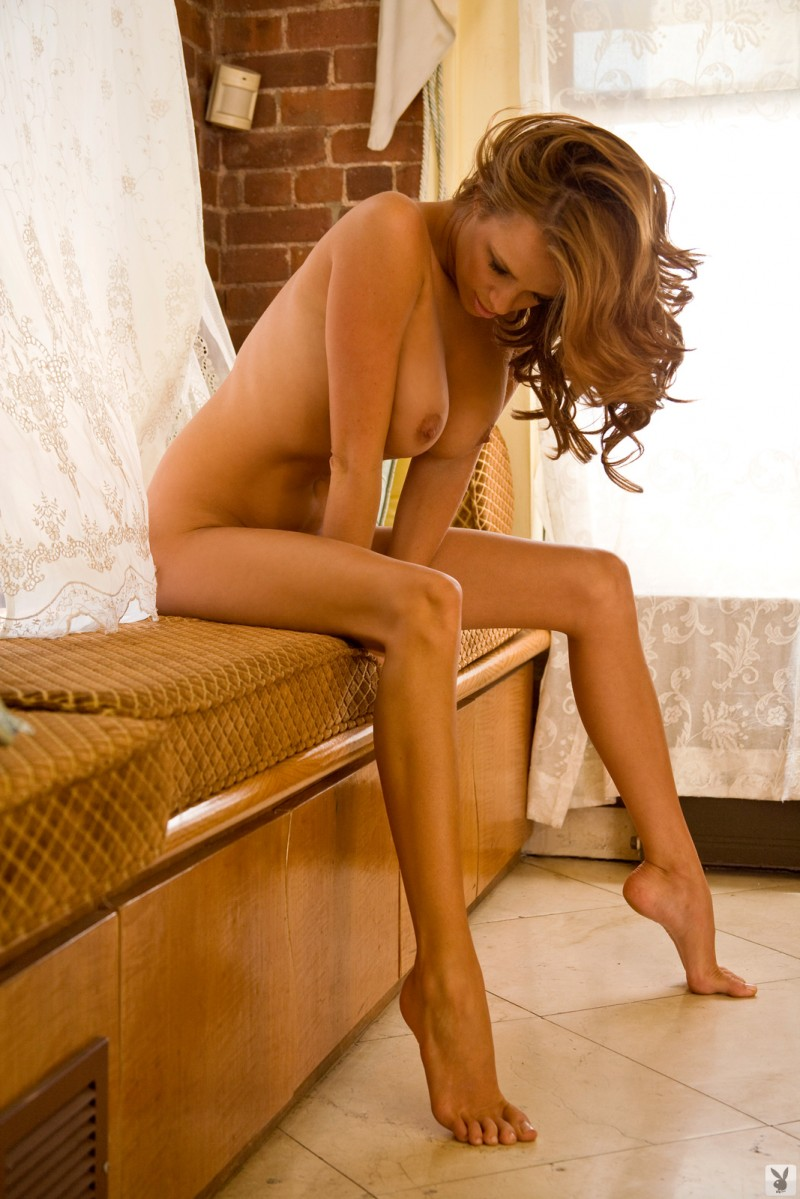 sharae-spears-playboy-cybergirl-2009-27