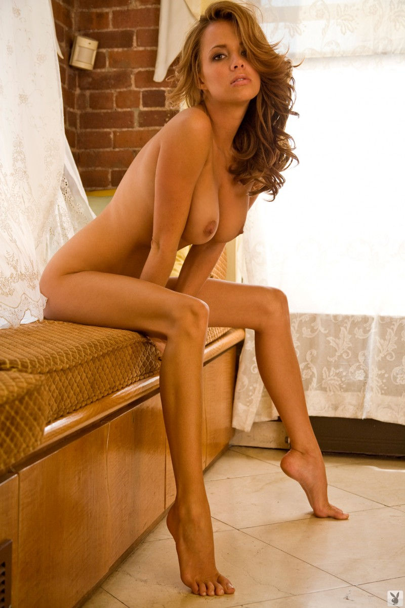 sharae-spears-playboy-cybergirl-2009-28