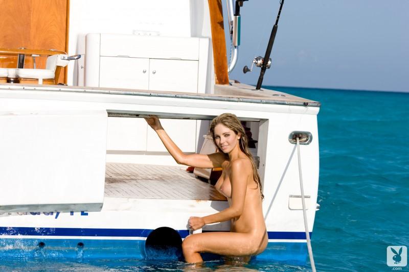 shawn-dillon-boat-playboy-17