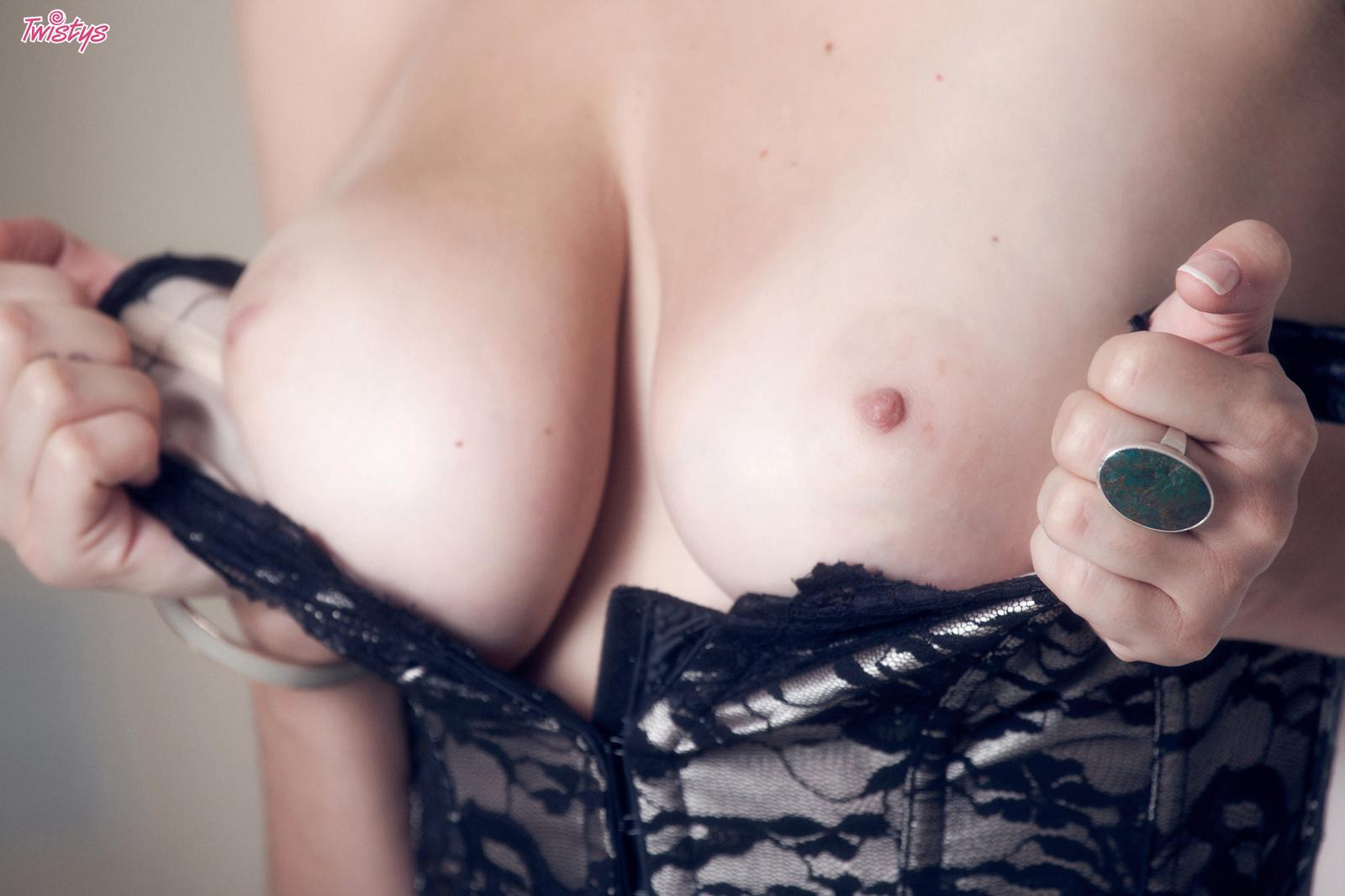 shay-laren-corset-blonde-tits-nude-twistys-09