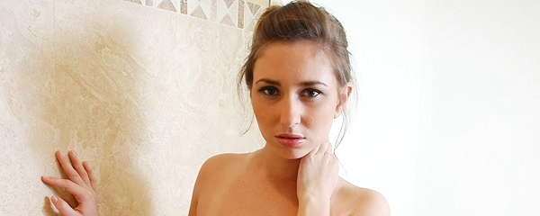Shay Laren – Shower time