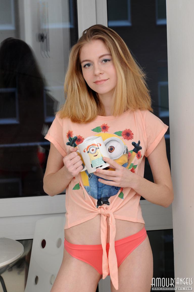 chloe-cup-of-tea-pink-socks-nude-blonde-amour-angels-01