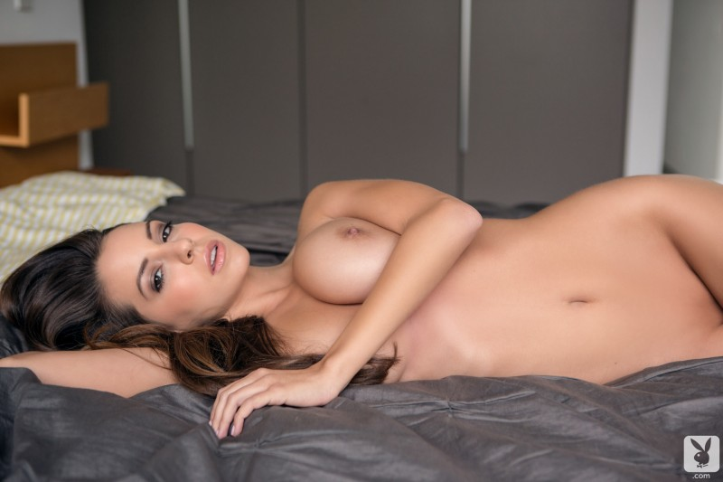 shelby-chesnes-bedroom-playboy-17