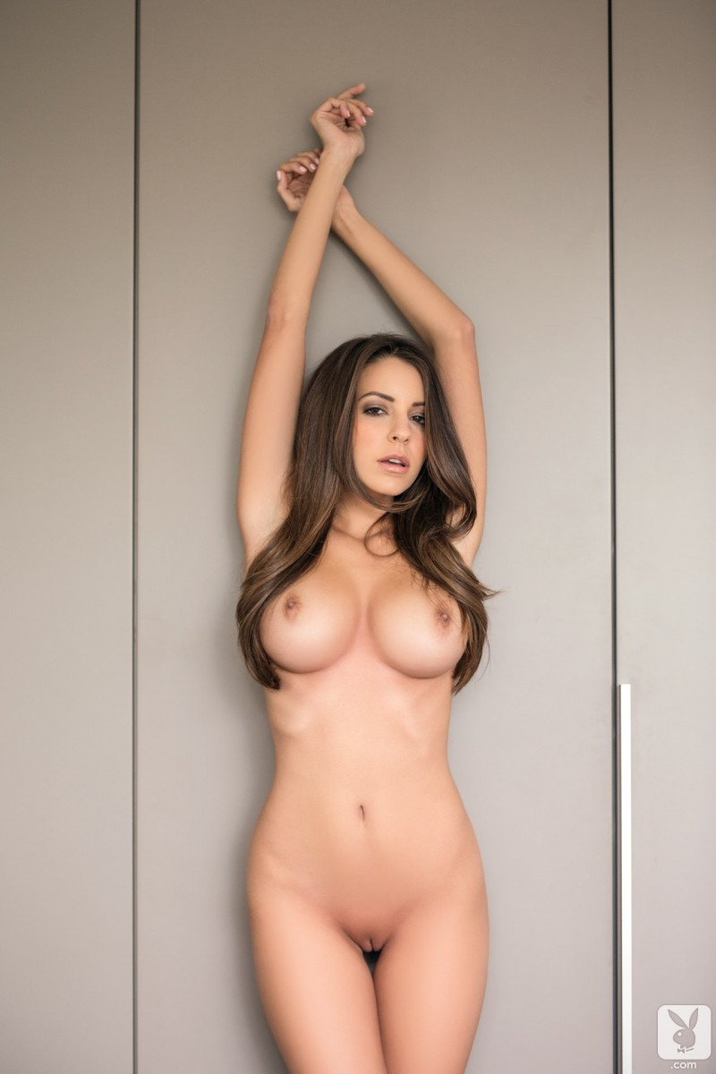 shelby-chesnes-bedroom-playboy-23