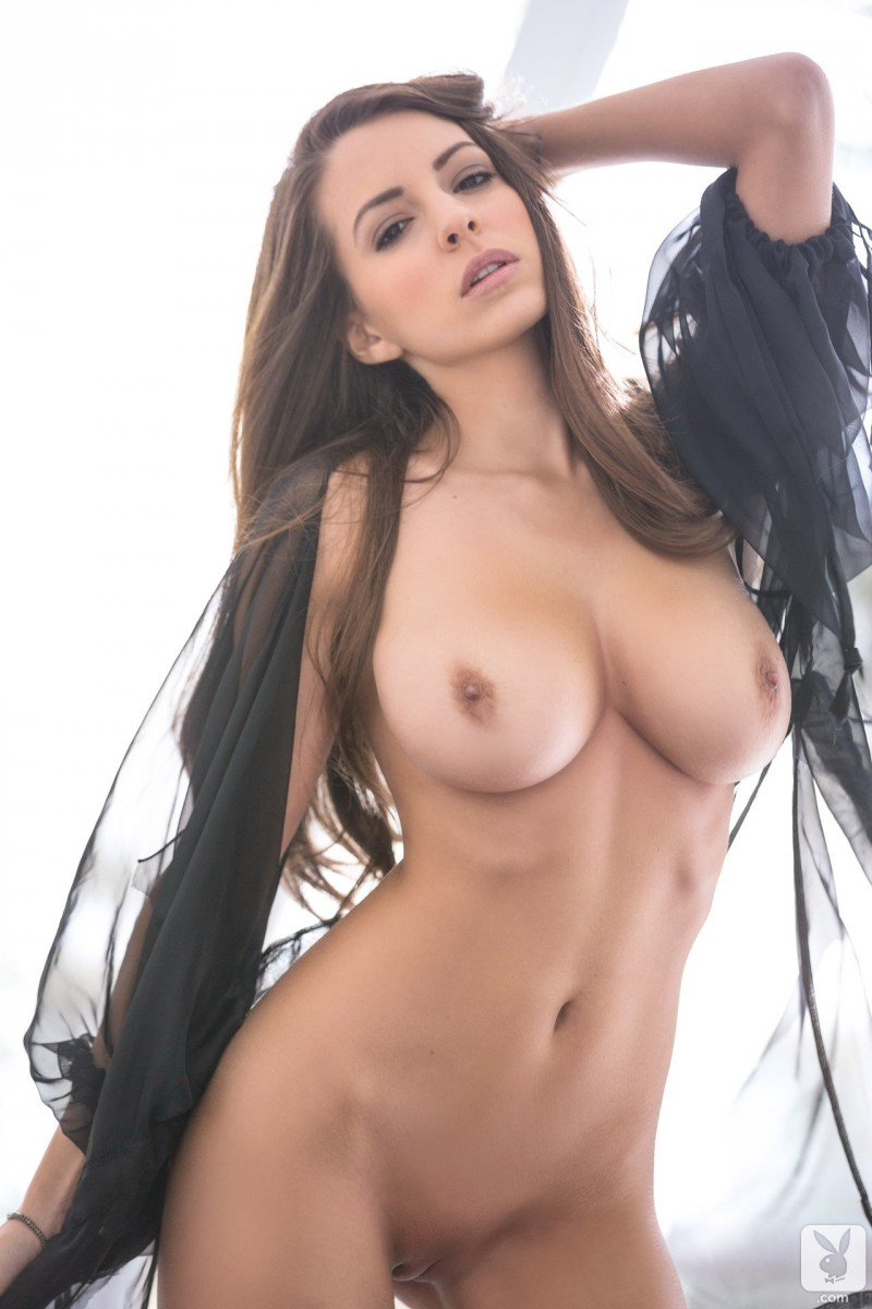 shelby-chesnes-nude-playboy-07