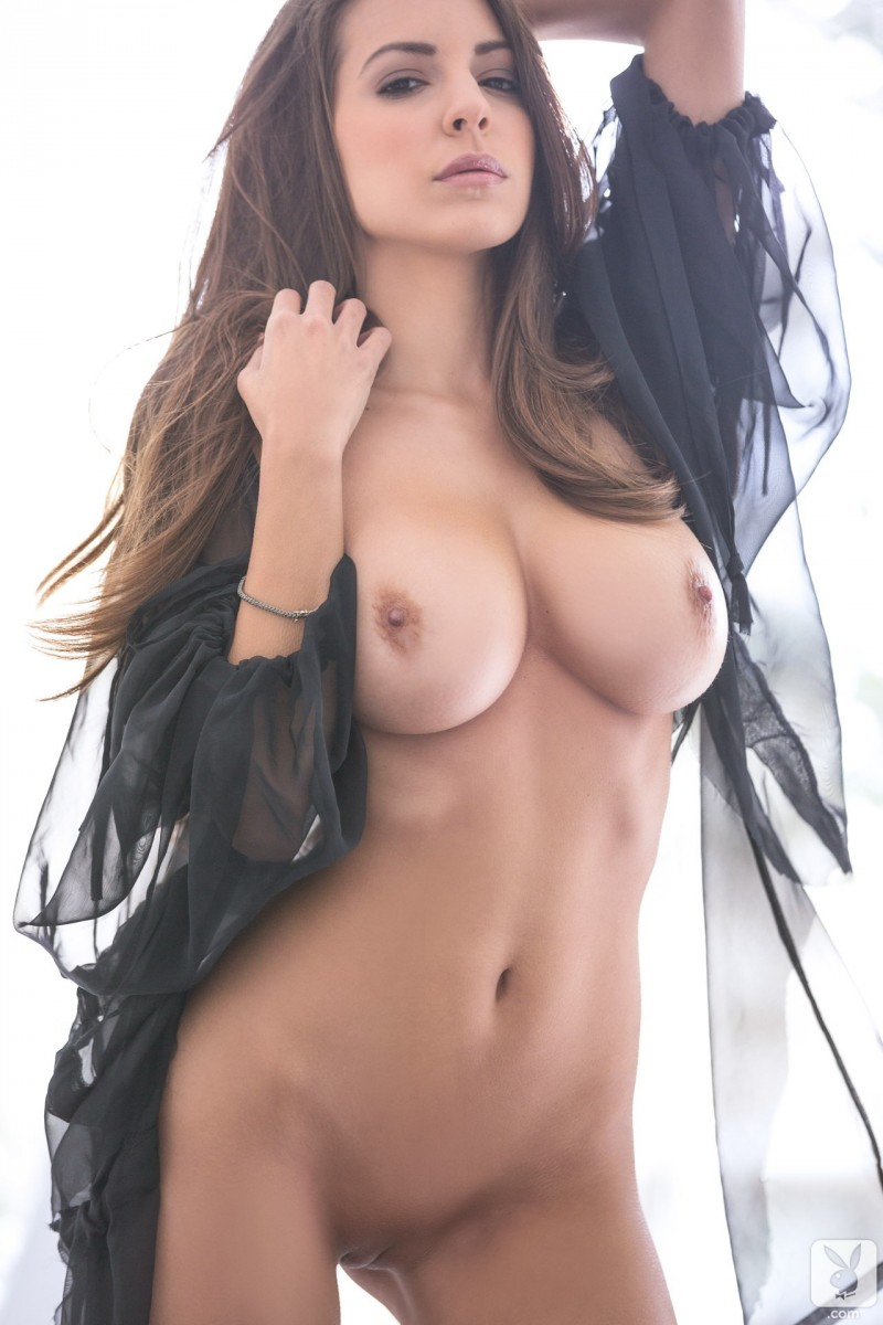 shelby-chesnes-nude-playboy-09