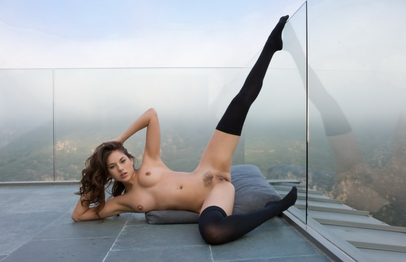 shyla-jennings-roof-balcony-stockings-nude-10