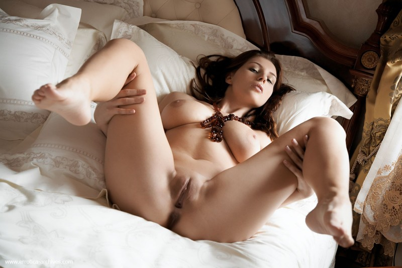 perla-bed-errotica-archives-10