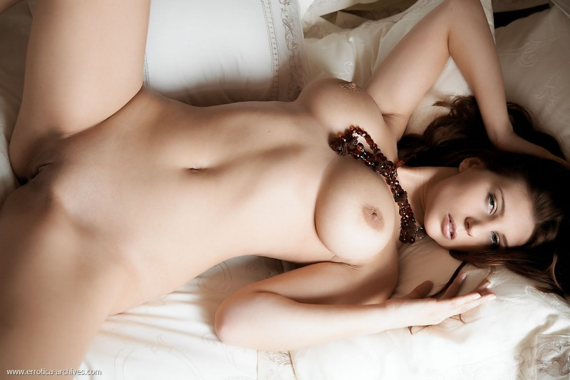 perla-bed-errotica-archives-12