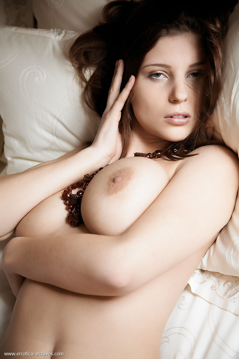 perla-bed-errotica-archives-13