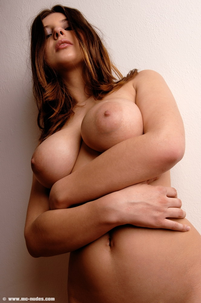 olivia-tits-stairs-naked-mcnudes-14