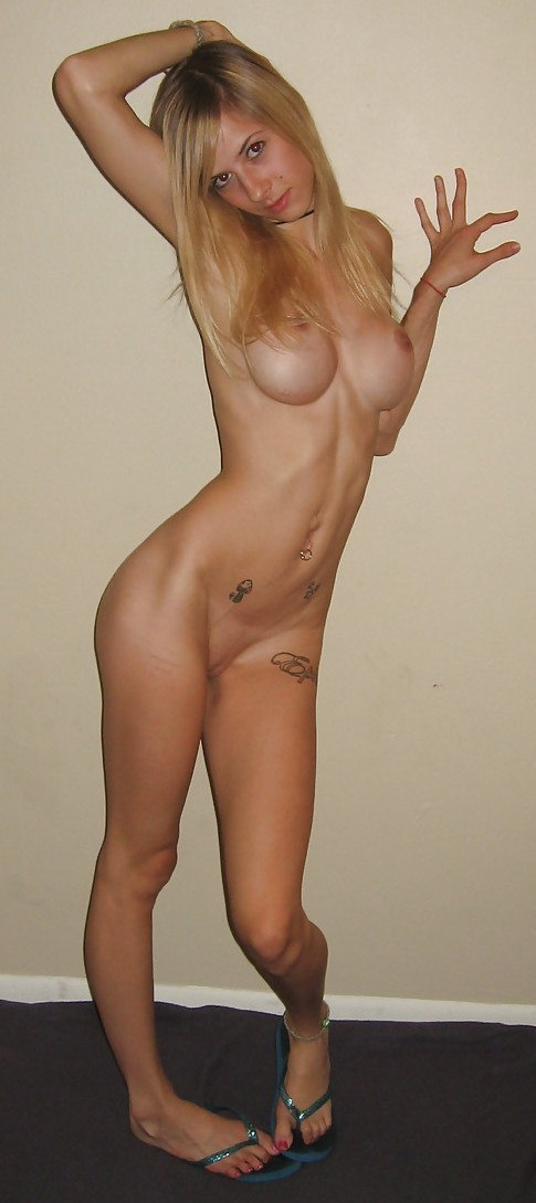 skinny-amateur-naked-blond-fake-boobs-12