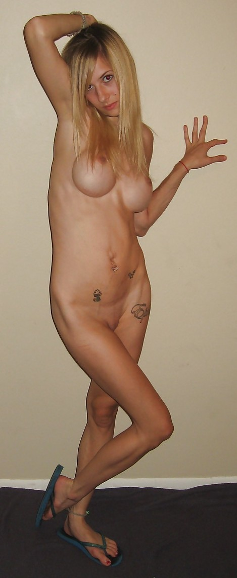 skinny-amateur-naked-blond-fake-boobs-13
