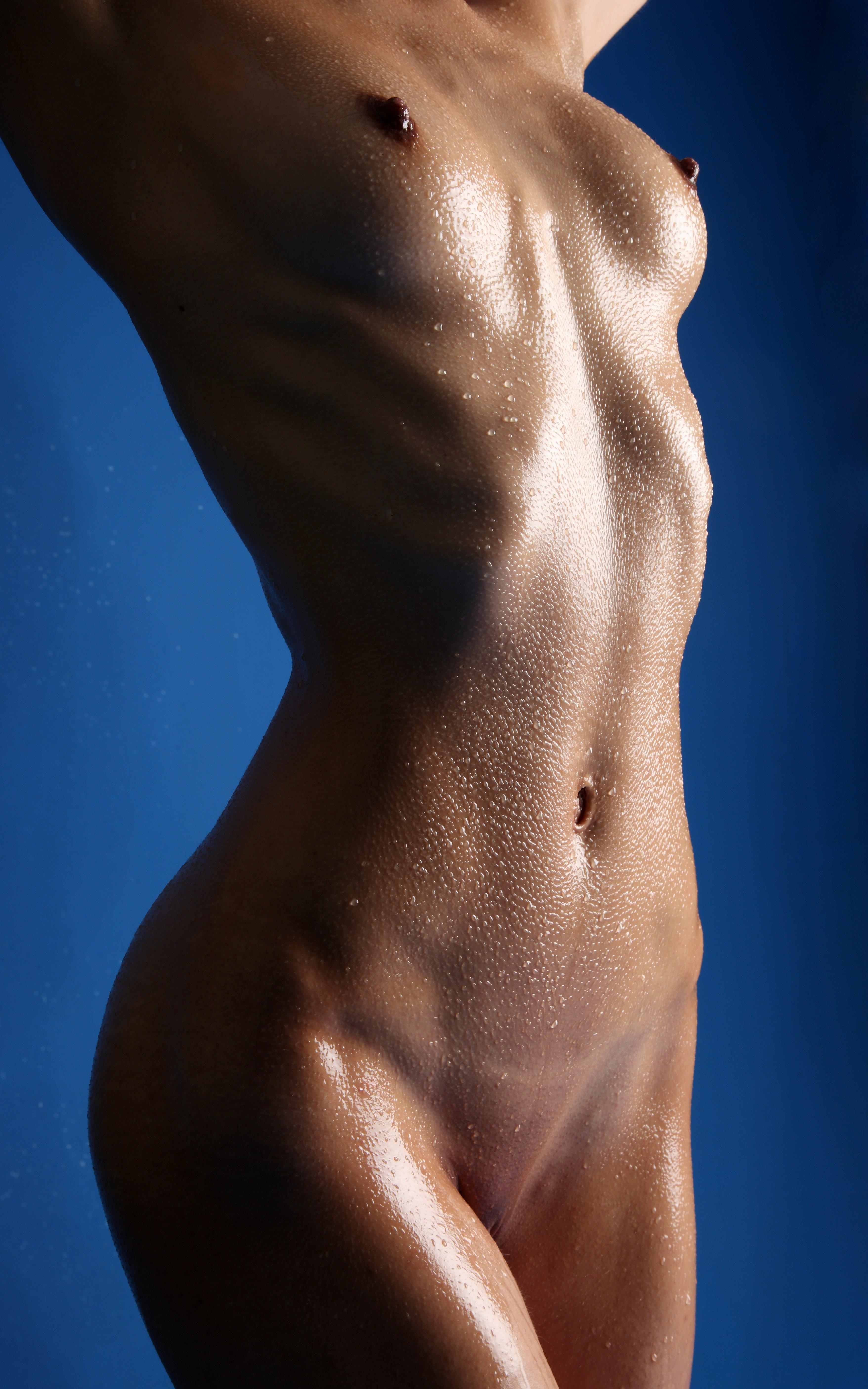 Skinny nude girl body
