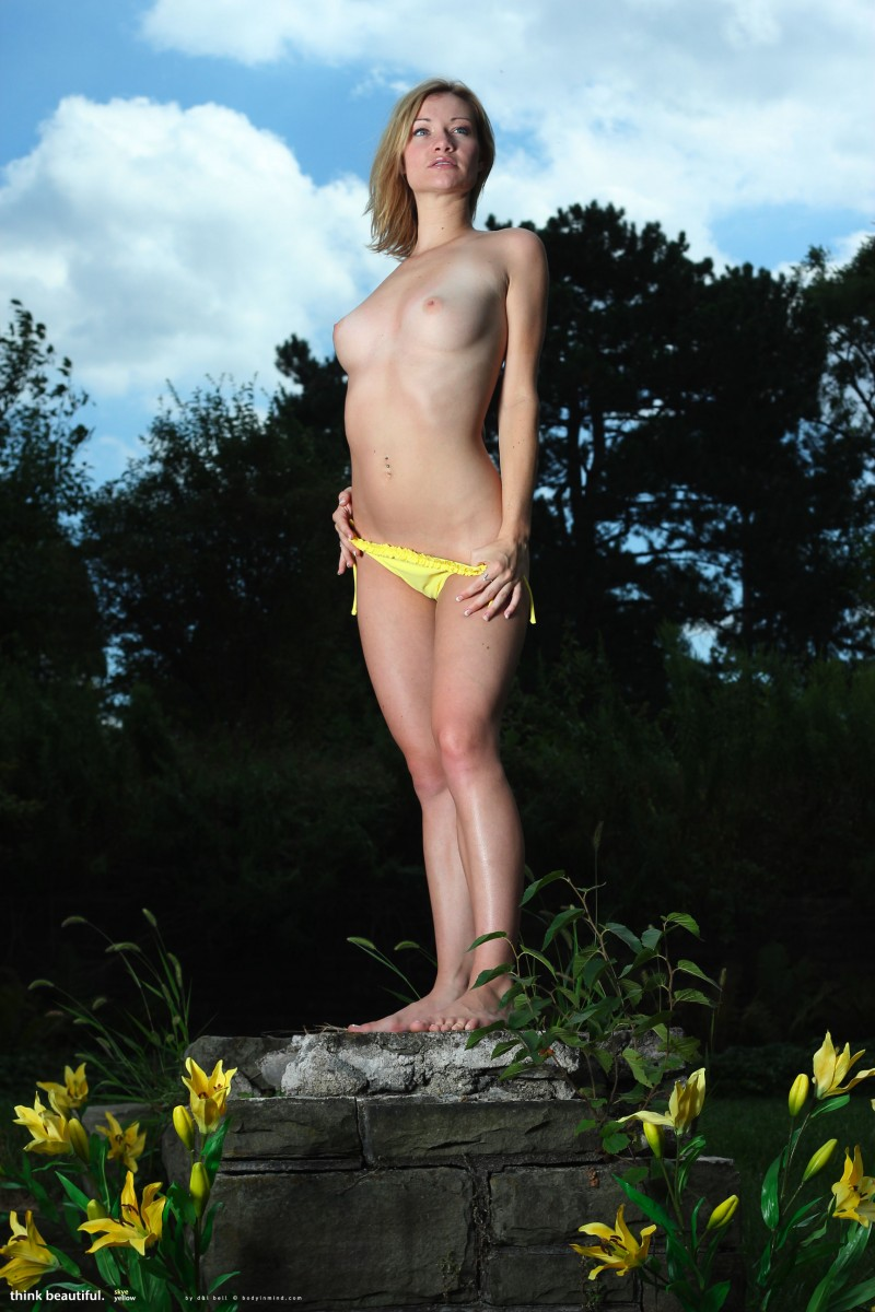 skye-bikini-bodyinmind-05
